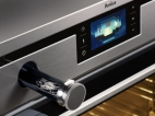 Amica-Platinum-combi-steam-oven-blue-display.jpg