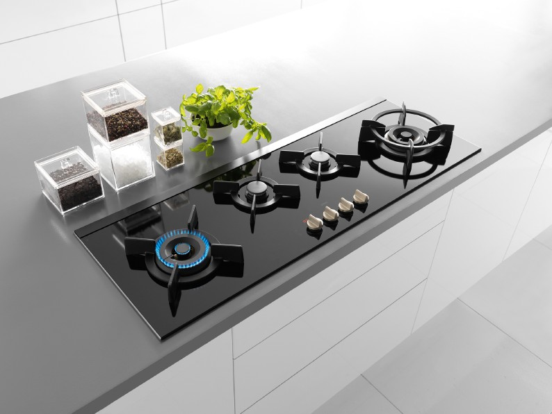 atag 39 s new gas hobs have digital timers the kbzine. Black Bedroom Furniture Sets. Home Design Ideas