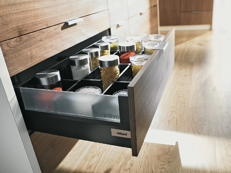 Blum makes your kitchen beautiful on the inside with - Cajones de cocina ikea ...